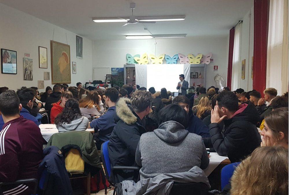 World Café a Pietrasanta. Giovani e Volontariato